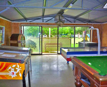 Recreation Room, Pool table, air hockey